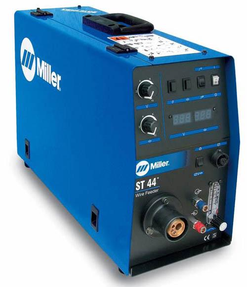 029007404  Miller ST-44 Digital, 4 roll Wire Feeder, Inc water connection, Digital Meters and Adjustable Voltage Control