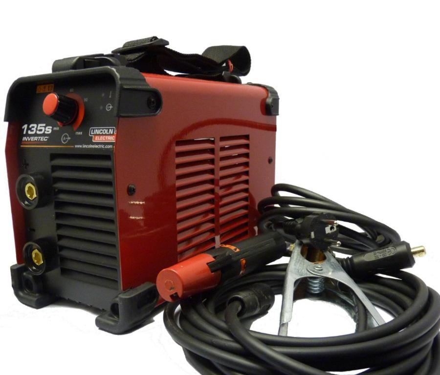 K12033-1  Lincoln Electric Invertec 135S Inverter Arc Welder With 3m Cable Set. 1ph 230v
